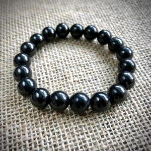 Shiny black Shungite bracelet