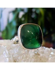 Nephrite Jade meanings and properties